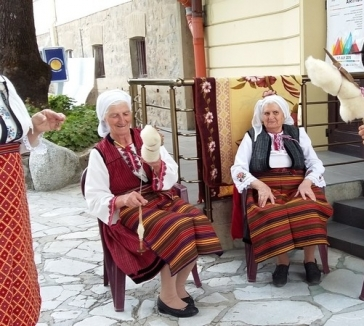 "Cultural Evenings ""TRADITIONS AND ART"""